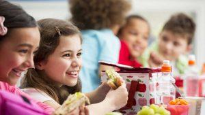 DIA DO NUTRICIONISTA – Lei da vereadora Ada Dantas valoriza nutricionistas e importância da alimentação saudável